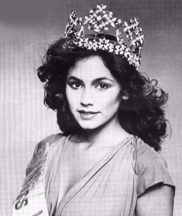 Kimberly Santos, Miss Guam 1980, assumed the 1980 Miss World title. But no ceremony for her, just this official photo as the transfer took place the next day at the offices of Miss World.