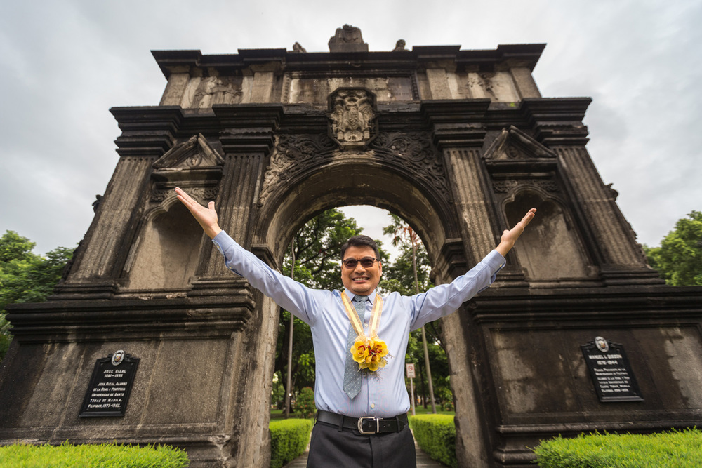 Outstanding alumnus: Ronnie del Carmen returned to the historic University of Santo Tomas campus in Manila last August 2015 and was honored as an outstanding alumnus. (Photo by Jilson Seckler Tiu)