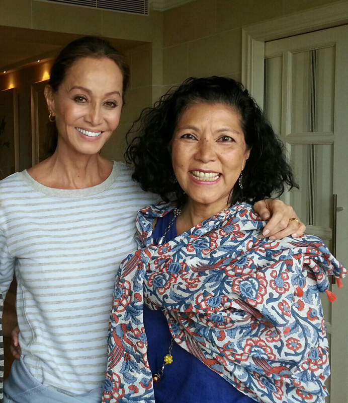 Elvira Araneta with Isabel Preysler in a recent visit to Spain.