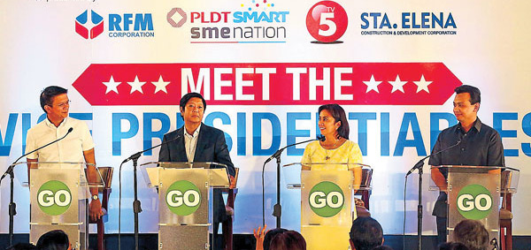 Four of the six vice presidential candidates during the GoNegosyo Talks forum: Senator Chiz Escudero, Senator Bongbong Marcos, Representative Leni Robredo (Camarines Sur, 3rd District), Senator Sonny Trillanes. Senators Alan Peter Cayetano and Gringo Honasan did not attend. (Source: Philippine Star/Photo by KrizJohn Rosales)