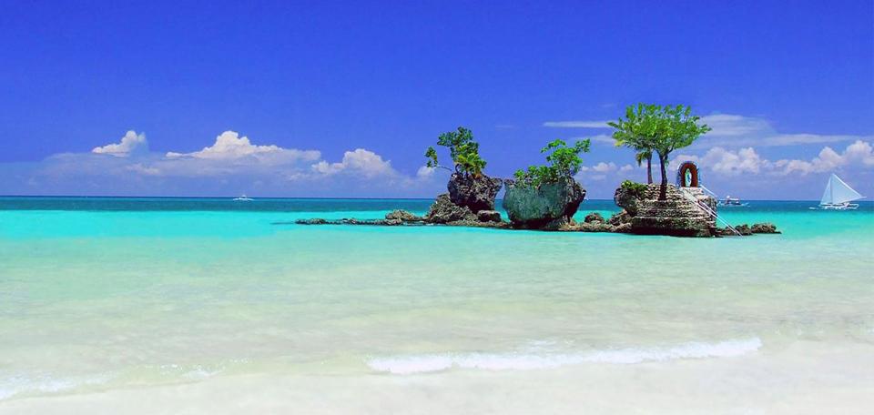 Boracay (Source: boracayisland.org)