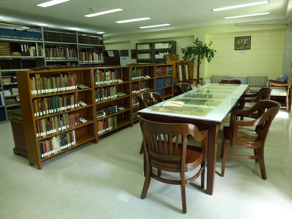 Private meeting room and study in American Historical Collection office. (Photo by Jonathan Best)