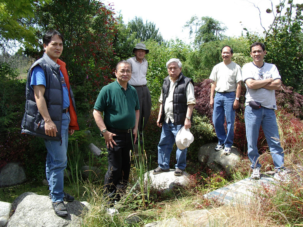 Canadian Dimasalang III Members taken in 2006 (Photo is courtesy of Sandie Gillis)