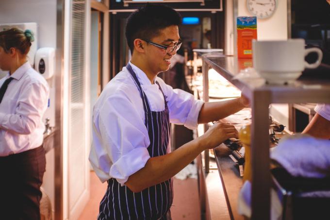 Le Happy Chef at work (Source:LeHappyChef)