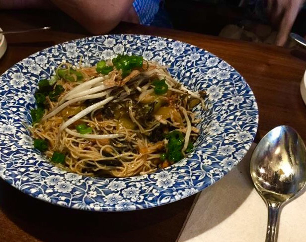 Pansit bihon (Photo by Wilma Consul)
