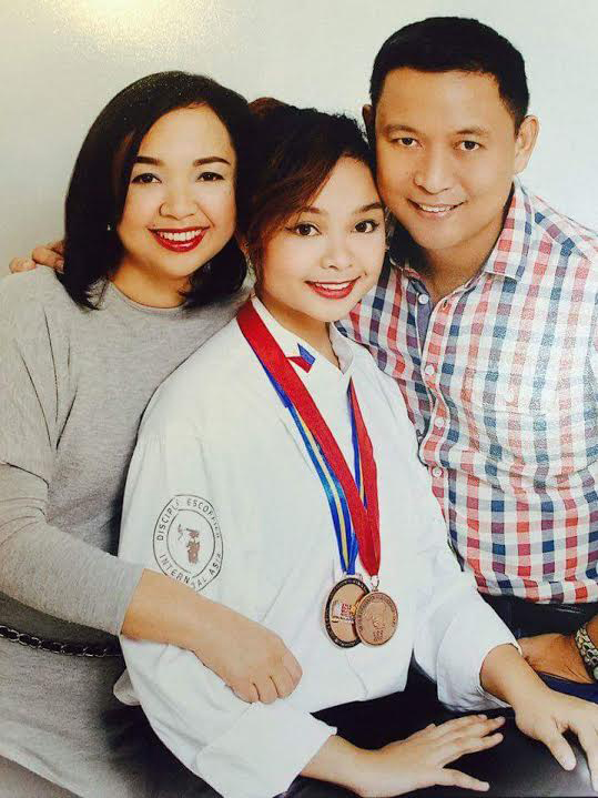 Louise with her parents Fermin and Michelle Mabulo who encouraged her to cook since she was five years old. (Photo courtesy of Louise Mabulo)