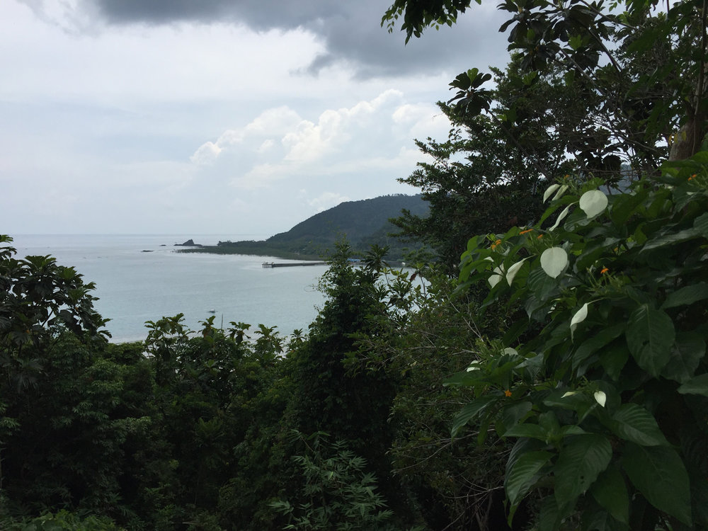 Panoramic coastal view from atop Ermita Hill. (Photo by Omar Paz)