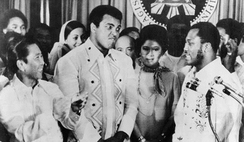 "Muhammad Ali and Joe Frazier paid a courtesy visit to the Malacañang Palace during their fight the ""Thrilla in Manila."""
