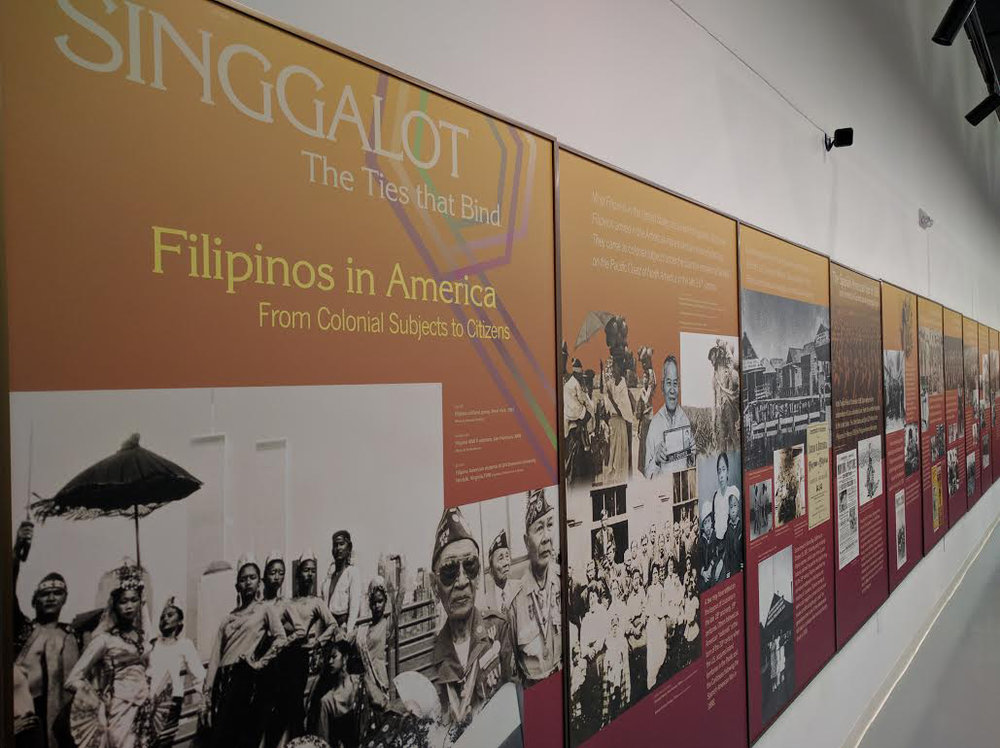 Singgalot panels that tell the narrative of the Filipino American timeline of immigration. (Photo courtesy of FANHS)