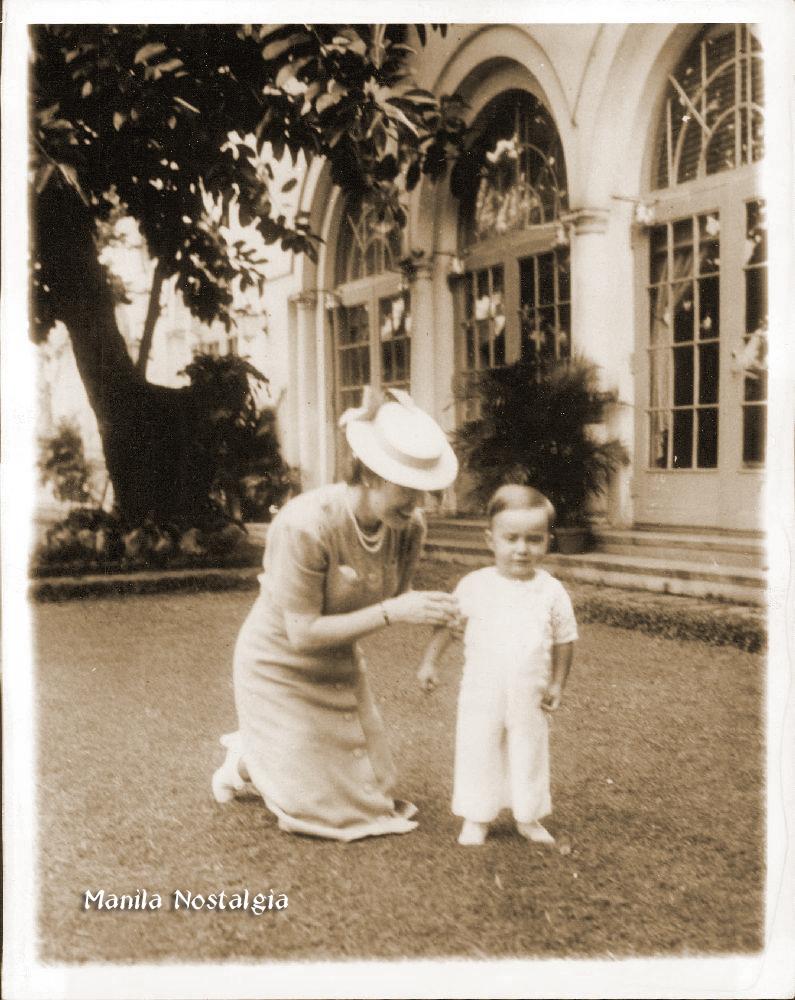 Jean MacArthur and son Arthur at Manila Hotel – January 29, 1940