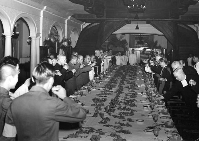 Prime Minister Tojo and Catholic clergy at Manila Hotel-1942 (Photo courtesy of Fred Baldassarre)