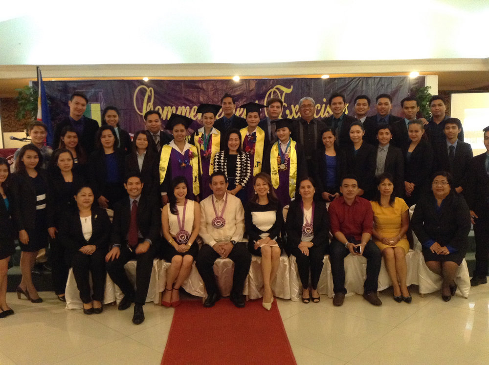 Joji Ilagan Bian, Joji Ilagan Career Center Foundation, Incorporated (JICCFI) Board of Trustees and the Joji Ilagan Career Institute of Southeast Asia (CAISA) Faculty Members and Staff took a pose with the JIB Sunday school graduates with highest honors during the CAISA Commencement Exercises. This makes the JICCFI even more special as we see every single day an opportunity to learn. (Photo courtesy of  Joji Ilagan Bian)