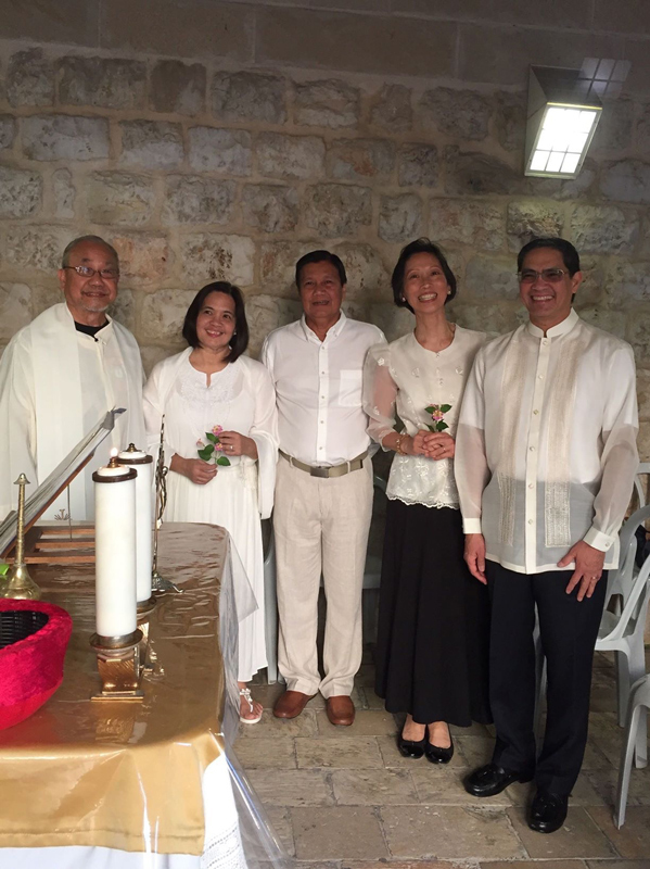 Beaming faces of the happy couples, from left to right, Susan and Ted Concepcion, Jeanine and Teddy de Rivera with Fr. Rey Culaba.