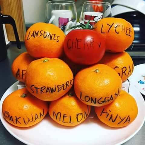 Round fruits for New Year (Source: Mutual Fund Investors Philippines/facebook.com)