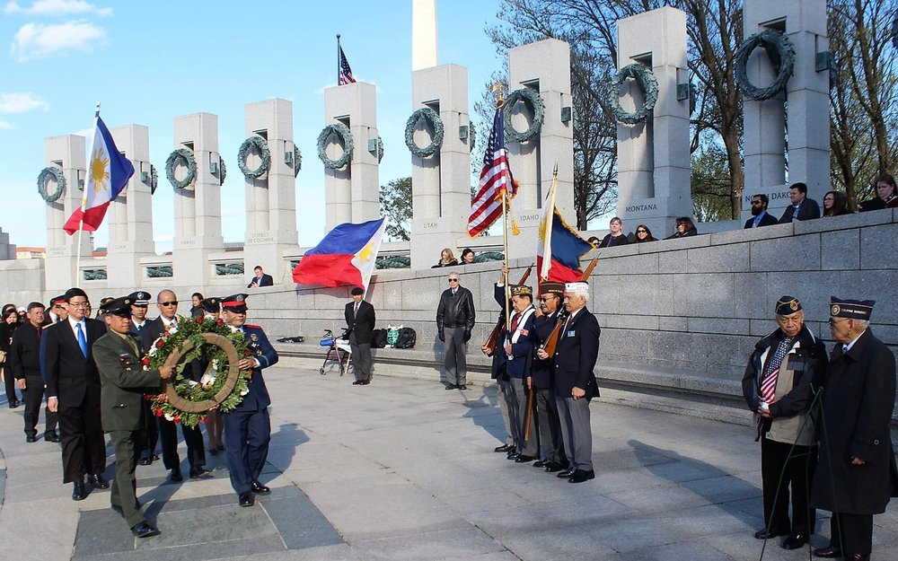 Filipino World War II veterans are honored on Bataan Day with a wreath-laying ceremony at the World War II Memorial in Washington, D.C. (Photo by Jon Melegrito).