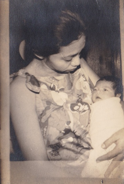 Mother with newborn Issa in a clinic in Iloilo (Photo courtesy of Issa Manalo Lopez)
