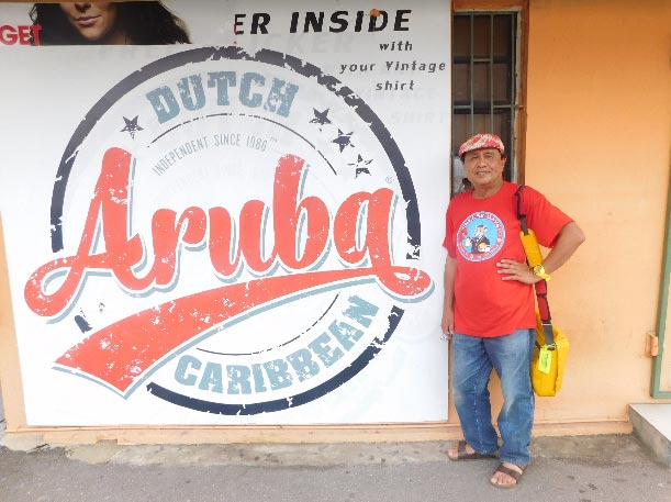 Most Arubans are quadrilingual, that is, they speak four languages: Papiamento, Dutch, English and Spanish. (Photo courtesy of Rey E. de la Cruz. Photo editing by Ivan Kevin Castro.)