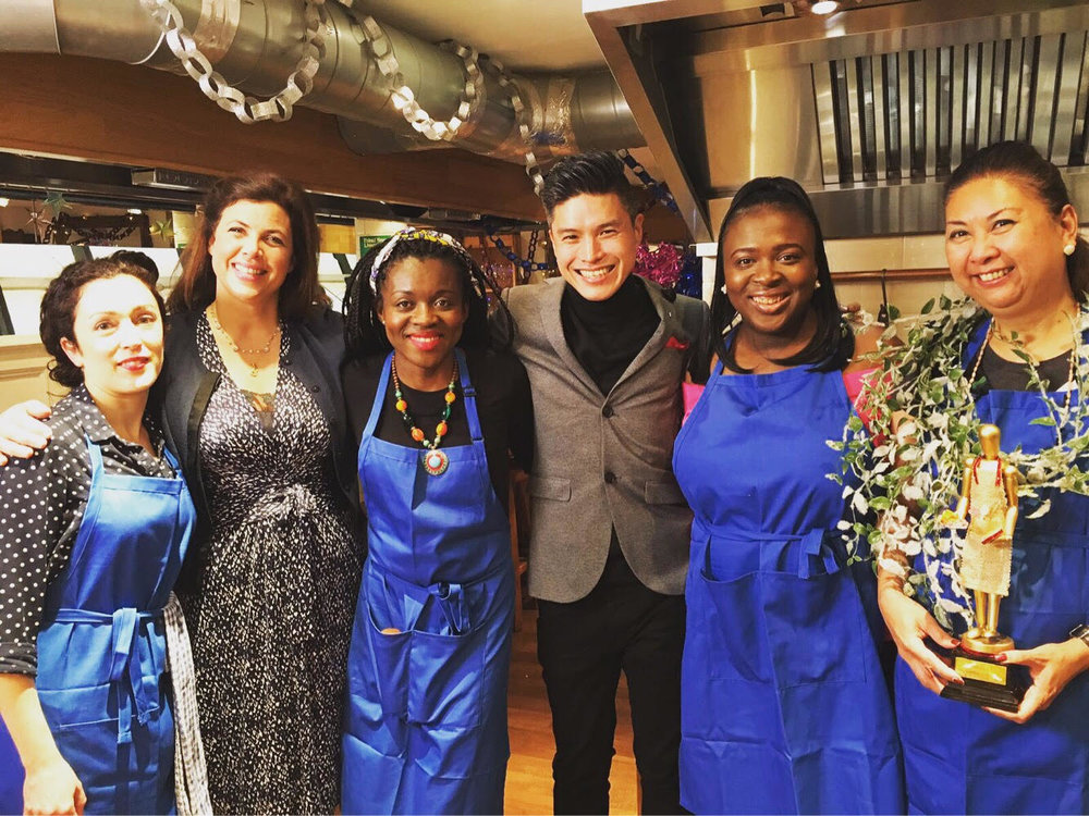 Roni Bandong shares her winning moment with celebrity host Kirstie Allsopp, the TV show's judge Jimmy Lee, renowned TV Chef and restaurateur and the other contestants of the cook-off: Carine Otton, Dare Oni and Natali Griffith. (Photo courtesy by Roni Bandong and Gina Consing McAdam)