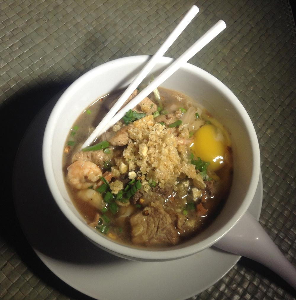 La Paz Batchoy, with pork, liver and chicharron (Photo by MyBayKitchen.com)