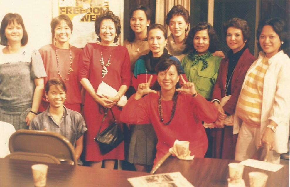 "In San Francisco, Mrs. Psinakis (sixth from left) bonded with fellow ""freedom fighters"" including Josie Laguatan, Lupita Aquino Kashiwahara, Goya Navarrete and Edna Rodis in the days leading to the 1986 People Power Revolution. (Photo courtesy of Danny Navarrete)"
