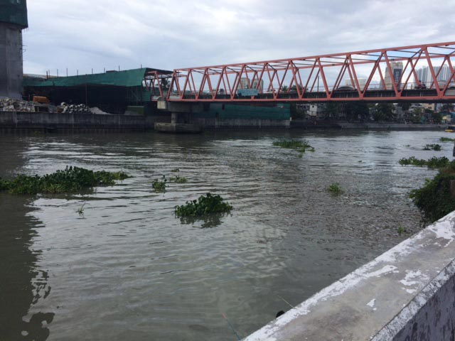 The Pasig River (Photo courtesy of Oscar Peñaranda)