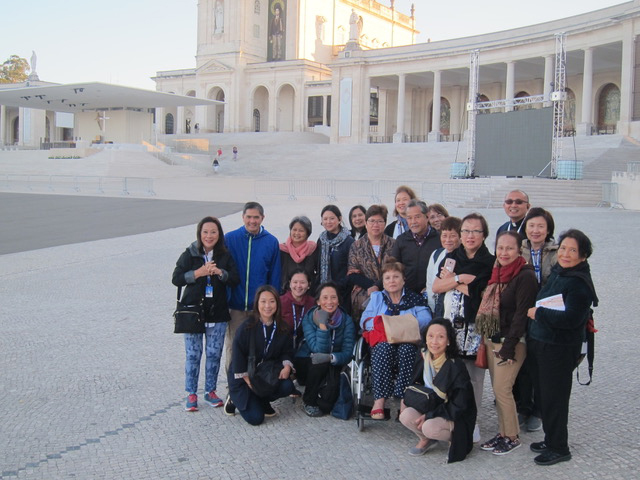 The group posing at the Basilica of Our Lady of the Rosary.