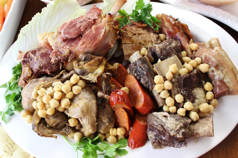 Spanish Cocido - a bandejado of the meats which can serve a large crowd. (Photo by Elizabeth Ann Quirino)