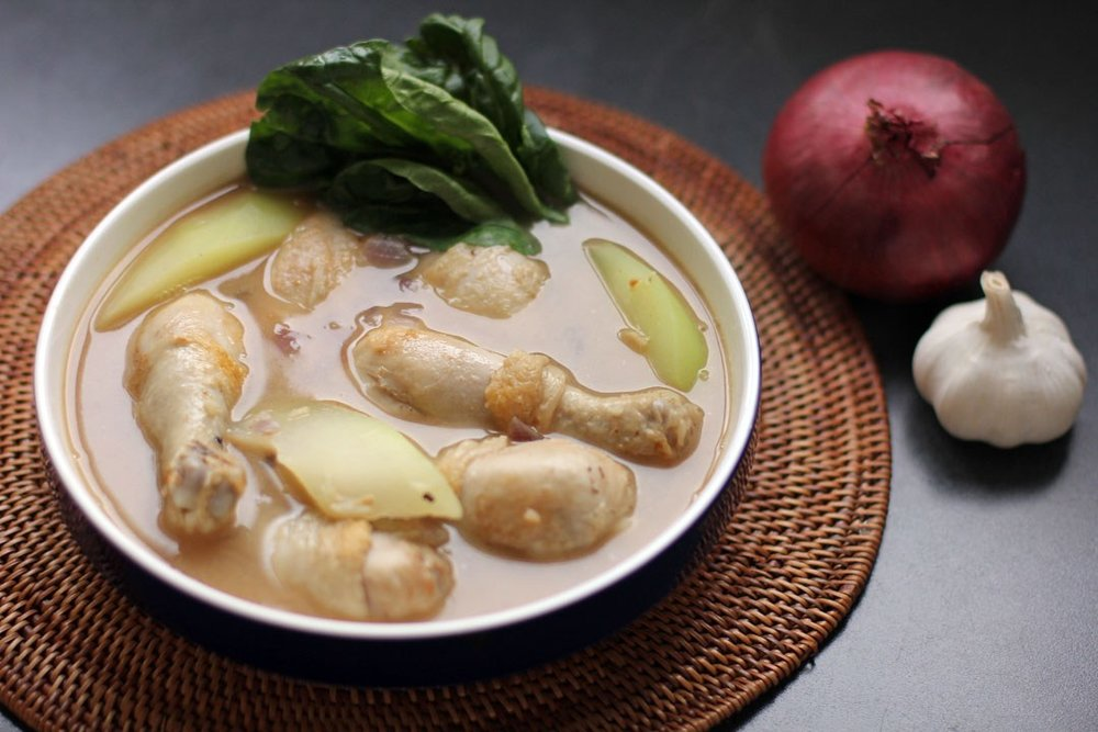 Chicken Tinola (Source: angsarap.net)