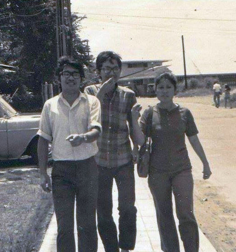 The author with Ricky Lee and Aida Santos in the UP Campus during a quiet interval in 1970. (Photo courtesy of Ed Maranan)