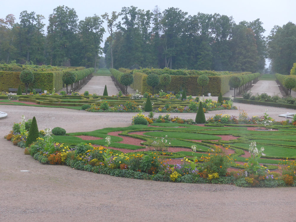 The garden outside Rundale Palace (Photo by Ofelia Gelvezon-Tequi)