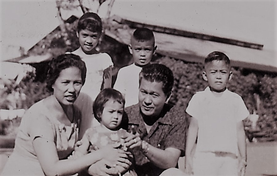Perhaps the only family picture taken, in 1957, shows happy mom Celerina, eldest child Melody, youngest Barbara Ann, second child Alberto Jr., proud father Alberto and three-year old Ryan Cayabyab. (Photo courtesy of Ryan Cayabyab)