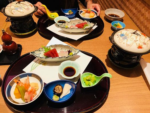Japanese appetizers are always plentiful, colorful and appealing. (Photo by Rho Clemente)