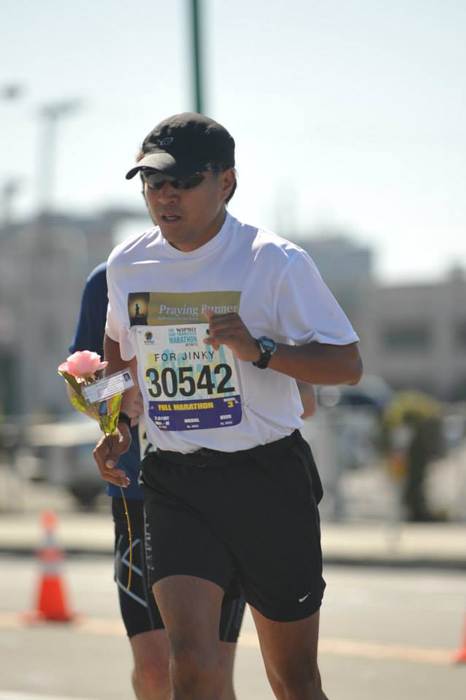 Marathon #32 – running and holding the pink rose for 26.2 miles at the  The SF Marathon  6/16/13 (Father's Day).