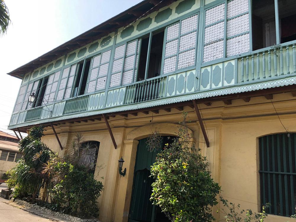 The Quema House on Calle Encarnacion (Photo by Criselda Yabes)