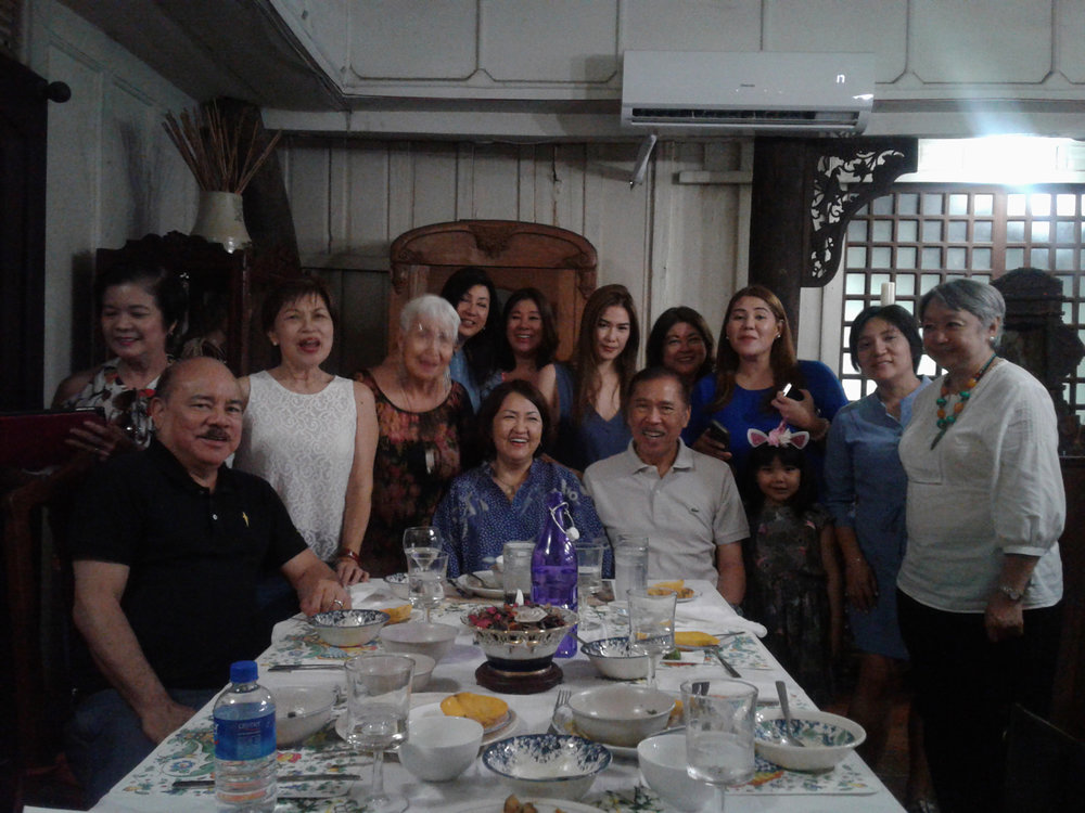 Members of Guanzon Family at Miranda-Henson house with guests, April 2018 (Photo courtesy of Virgilio A. Reyes, Jr.)