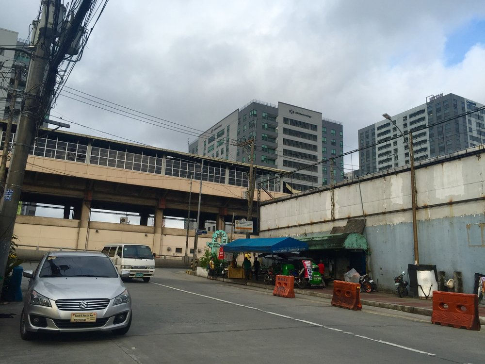 MRT station, as seen from Mother Ignacia Ave., with tricycle station to the right. (Photo courtesy of Marra PL. Lanot)