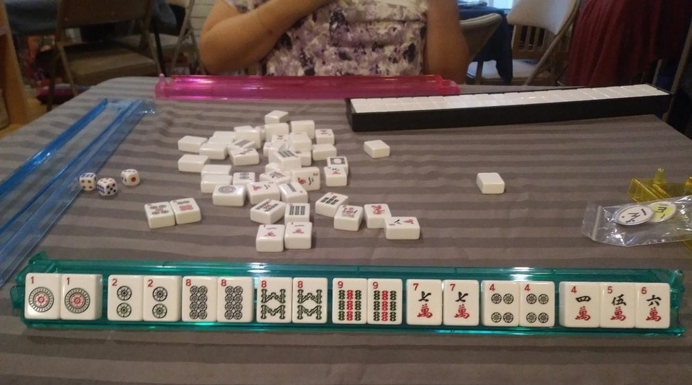"A ""7 pairs / Siete Pares"" hand, found in Manila mahjong. This is a template ( ambicion)  played only in Manila and Taiwanese-style mahjong. (Photo courtesy of author's collection)"