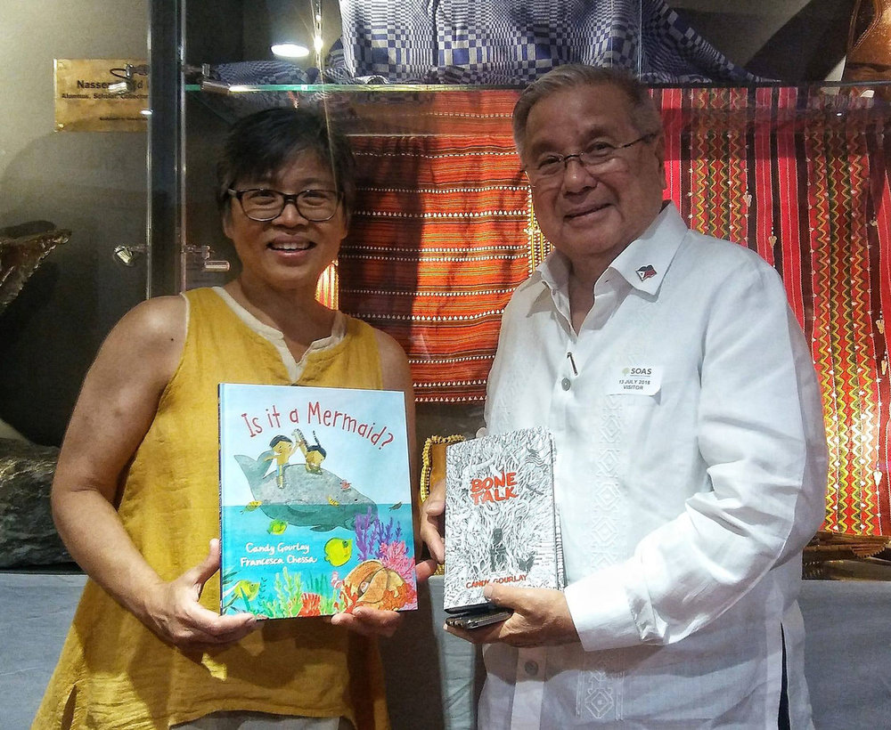 Candy with Philippine Ambassador to the UK, Antonio Lagdameo, at the launch of  Bone Talk  during the Cordillera Conference in London (Image courtesy of Candy Gourlay)