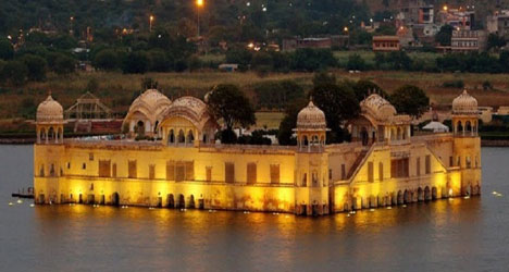 The Taj Lake Palace Hotel io Udaipur – where scenes from the James Bond film,  One Life To Live , were shot – although that wasn't the primary reason I wanted to visit this spot.
