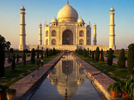 India's most famed monument and #1 money-maker tourist site.