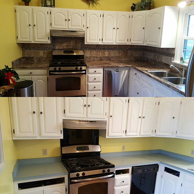 New counter-tops and time backsplash make a huge difference in your kitchen. #transformationtuesday  Merry Christmas everyone!!