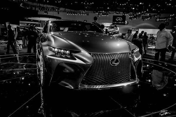 0007-losangeles-autoshow-lexus-concept-lfccblue-ericmsmith.jpg