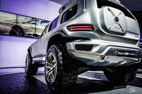 0009-losangeles-autoshow-mercedesbenz-concept-suv-engergforce-ericmsmith.jpg