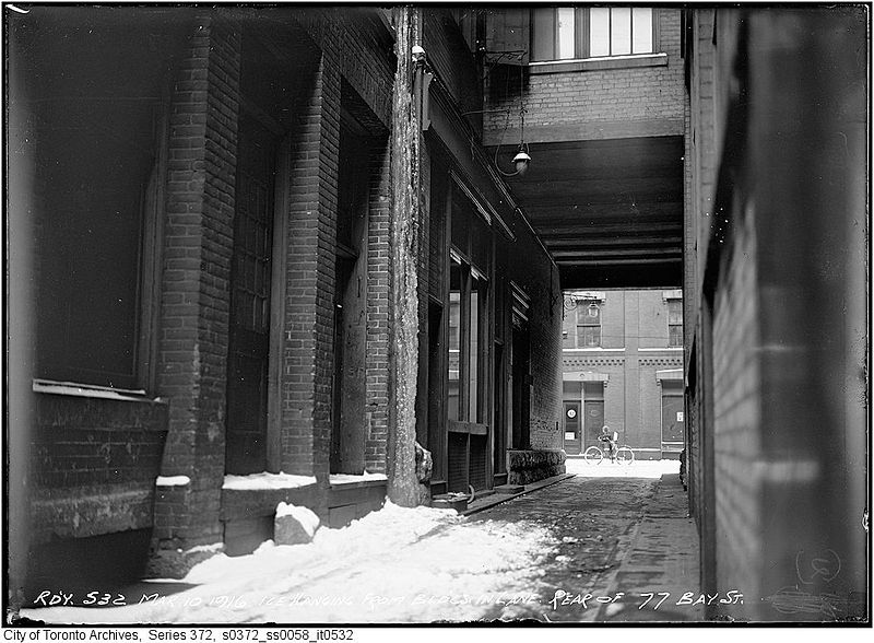 Lane rear of 77 Bay Street