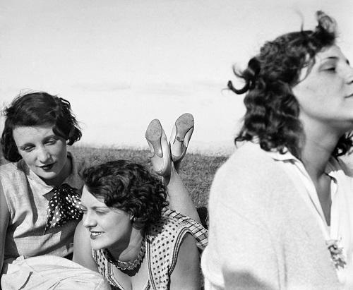Jacques Henri Lartigue Bibi, Freddy et Margot, Aix-les-Bains, 1928