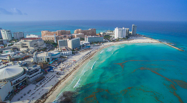 Aerial view of Cancun. By dronepicr [CC BY 2.0], via Flickr