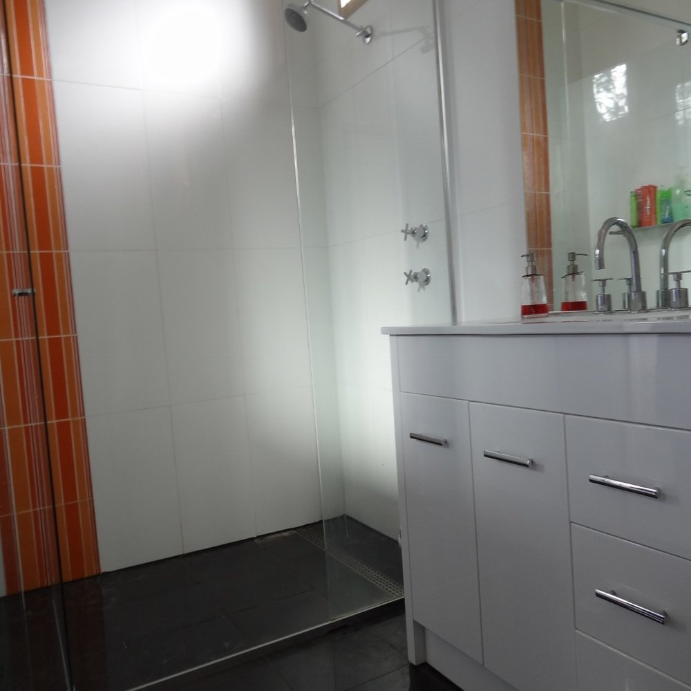 Bathroom 2 - 16 (1500x1125).jpg