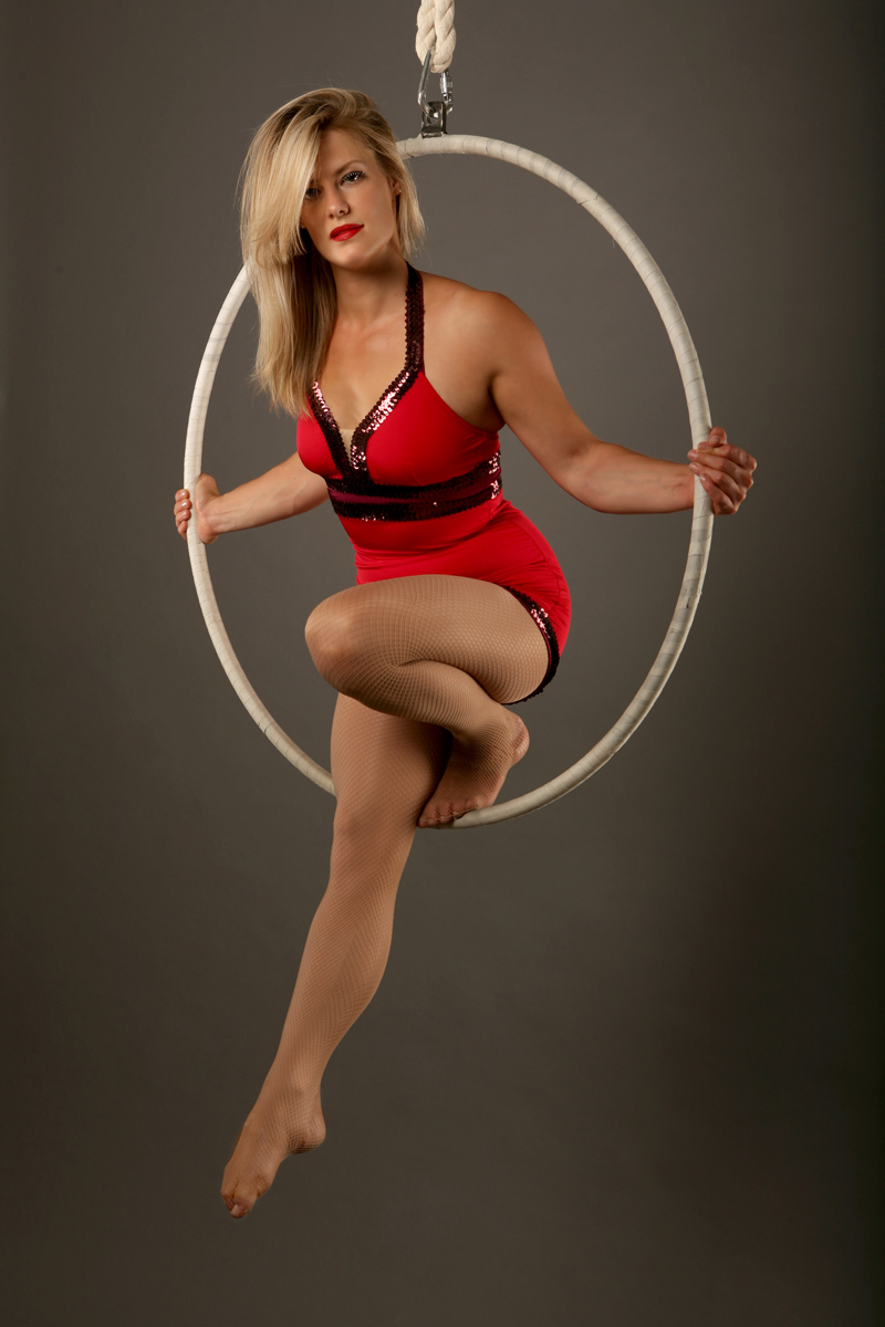 Zoe_Jones_aerial_hoop_redcostume_sitting_web.jpg