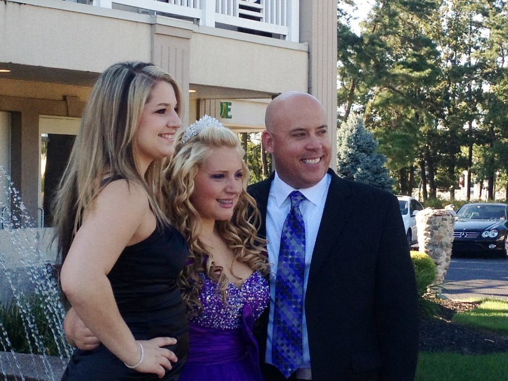 Meagan with her dad and sister