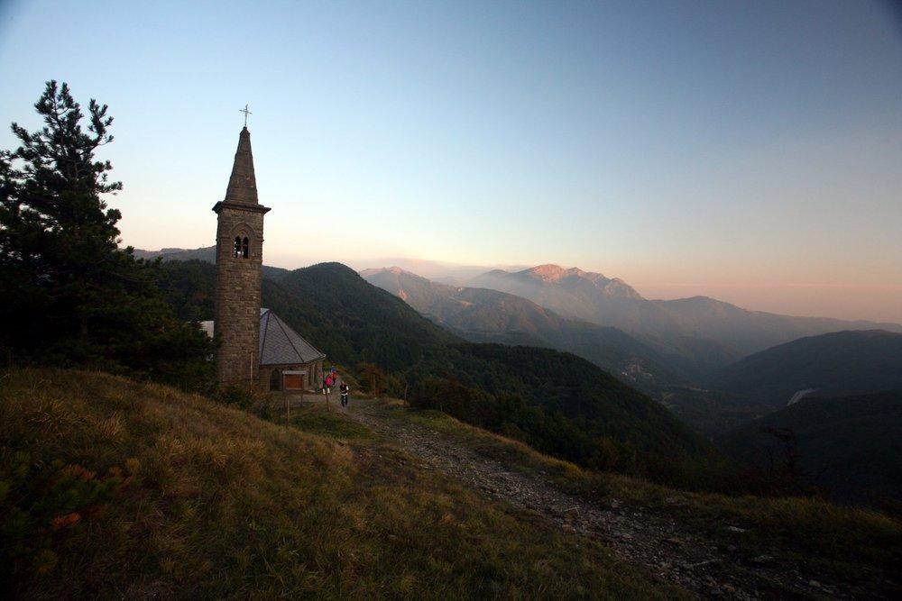 Via-Francigena-Passo-Cisa-AEVF_-1920x1280.jpg